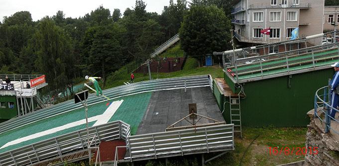 Ogres tramplīnlēcēji sacensībās Krievijā