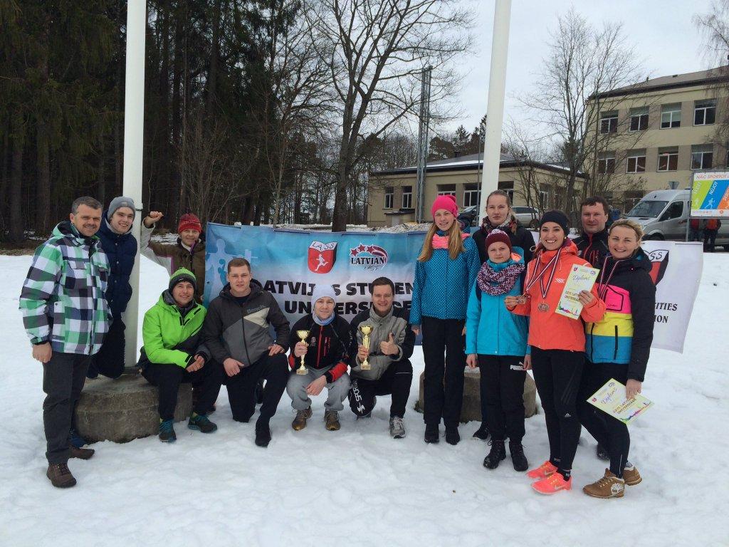 Triumfējot RTU vīriešiem un DU sievietēm noslēdzās Latvijas XXVI Universiāde distanču slēpošanā