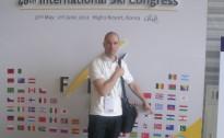 Dinārs Doršs Starptautiskās slēpošanas federācijas (FIS) kongresā Korejā