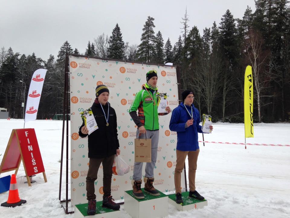 Skolēnu čempionāta slēpošanā trešajā posmā klasikā vairāk nekā 160 dalībnieku