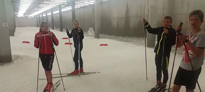 """S/k """"Lidojošais slēpotājs"""" aizvadīja kārtējo treniņnometni"""