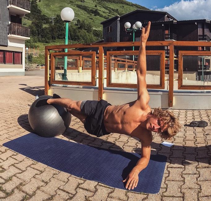 Toms Petrusevičs sācis gatavoties snovborda sezonai