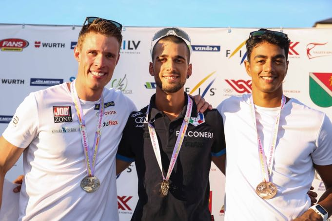 Podium-senior-men.jpg