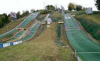 Latvijas jaunā tramplīnlēcēja nostartējusi FIS kausā Rumānijā